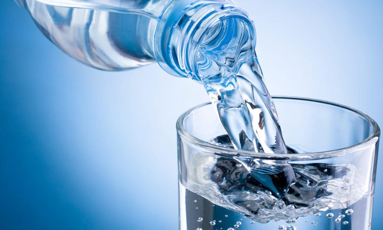 Kiểm tra nước uống