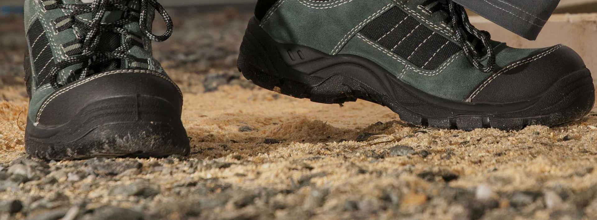 Kiểm tra thiết bị bảo vệ chân