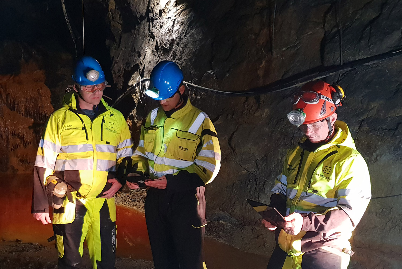 Thử nghiệm mỏ