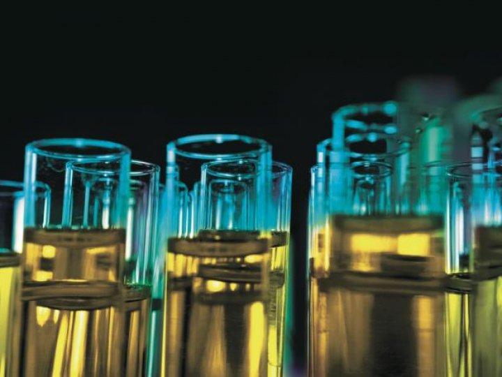 Thử nghiệm chất lỏng và nhiên liệu