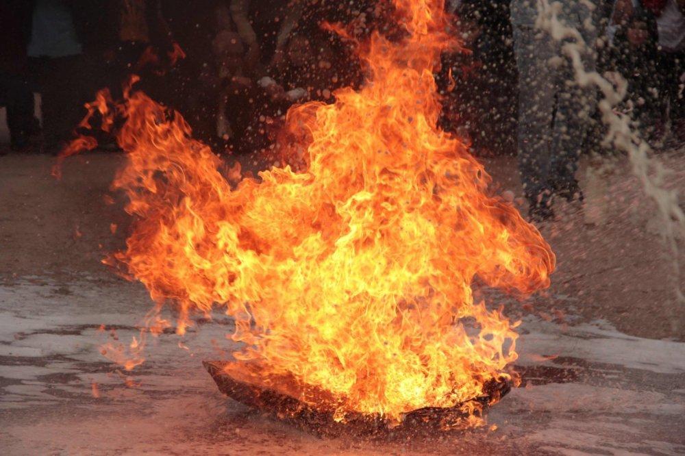 Các thử nghiệm về hỏa hoạn và dễ cháy